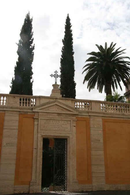 Rom Campo Santo Teutonico h9